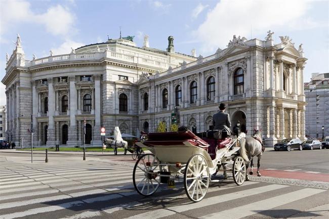 VIAJE GRUPAL A EUROPA DEL ESTE Y RUSIA DESDE ARGENTINA - Viena / Budapest / Praga / Moscú / San Petersburgo /  - Paquetes a Europa