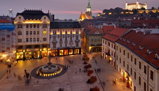 VIAJE GRUPAL A EUROPA DEL ESTE Y ALEMANIA DESDE BUENOS AIRES - Baden-Baden / Castillo de Neuschwanstein / Frankfurt / Friburgo de Brisgovia / Gutach / Heidelberg / Núremberg / Selva Negra / Titisee (Lago) / Triberg / Viena / Colmar / Estrasburgo / Budapest / Praga /  - Paquetes a Europa