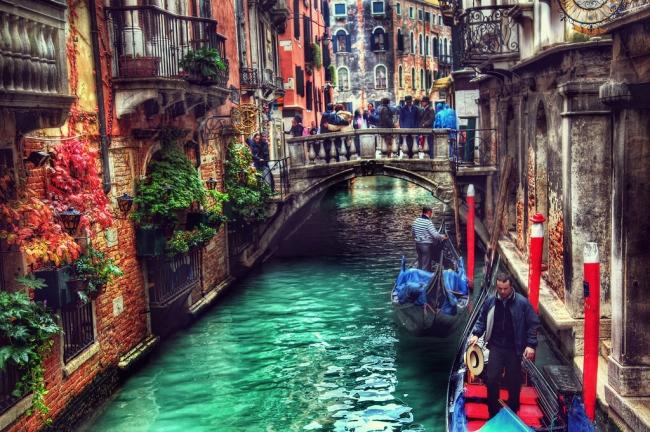 Viajes a Florencia Napoles Pompeya Roma y Venecia - Agrigento / Asís / Bolonia / CAPRI / Catania / Erice / Florencia / Forza d'Agrò / Monreale / Montepulciano / Nápoles / Noto / Padua (Comuna) / Palermo / Pompeya / Roma / Savoca / Siena / Siracusa / Sorrento / Taormina / Venecia /  - Paquetes a Europa