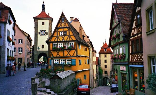 SALIDAS A ALEMANIA COMPLETA DESDE ARGENTINA - Berlin / Bremen / Colonia / Dresde / Frankfurt / Friburgo de Brisgovia / Hamburgo / Heidelberg / Leipzig / Munich / Núremberg / Rotemburgo  / Stuttgart / Titisee (Lago) / Wurzburgo /  - Paquetes a Europa