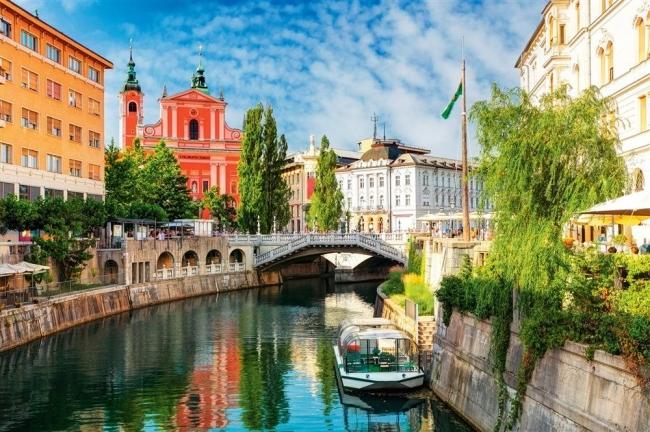 VIAJES GRUPALES A VENECIA Y EUROPA DEL ESTE - Mostar / Sarajevo / Dubrobvnik / Medjugorje  / Parque nacional de los Lagos de Plitvice / Split / Zagreb / Liubliana / Venecia / Montenegro / Belgrado /  - Paquetes a Europa
