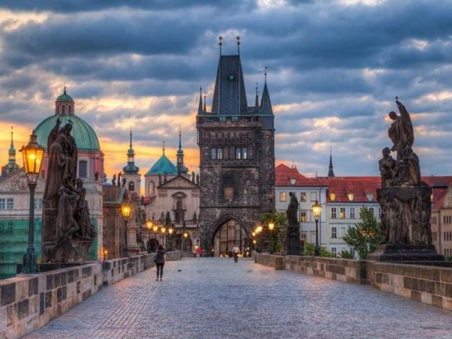 VIAJES GRUPALES A PRAGA, POLONIA Y BERLIN DESDE BUENOS AIRES - Berlin / Cracovia / Częstochowa / Varsovia / Praga /  - Paquetes a Europa