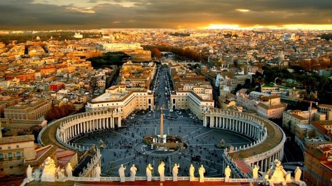 VIAJE GRUPAL A ITALIA DE NORTE A SUR - Asís / CAPRI / Ferrara / Florencia / Milan / Nápoles / Padua (Comuna) / Perugia / Pompeya / Roma / Sirmione / Sorrento / Venecia / Verona /  - Paquetes a Europa