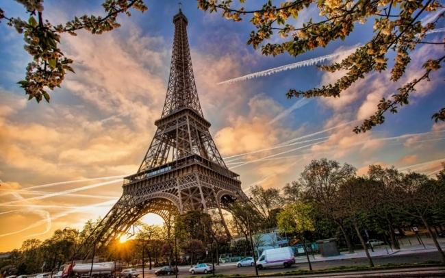 PAQUETE GRUPAL A PARIS Y MADRID. VIAJE LOW COST A FRANCIA Y ESPAÑA - Paquetes a Europa